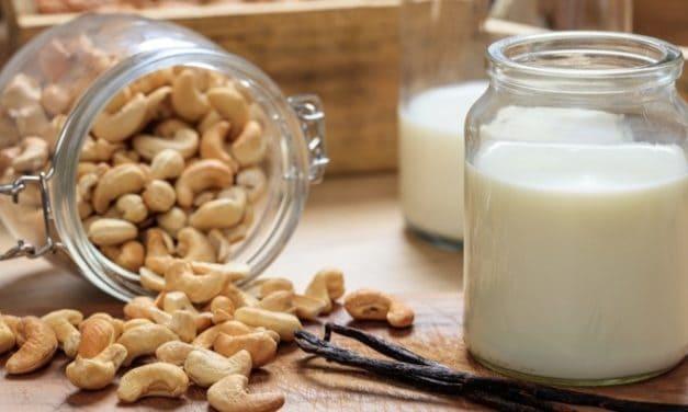 Homemade Vanilla Cashew Milk